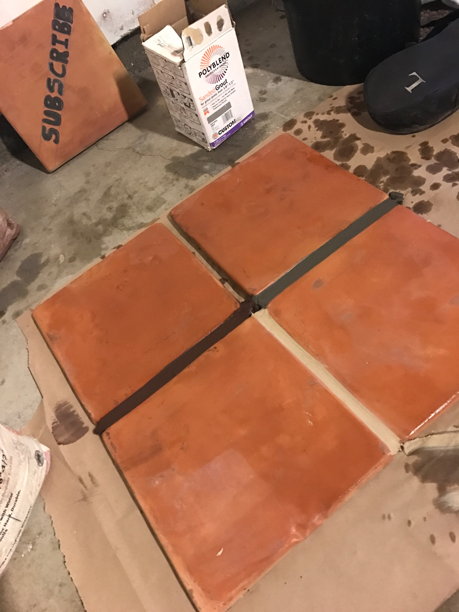 Choosing the right grout color best grout for saltillo for How to choose floor tile