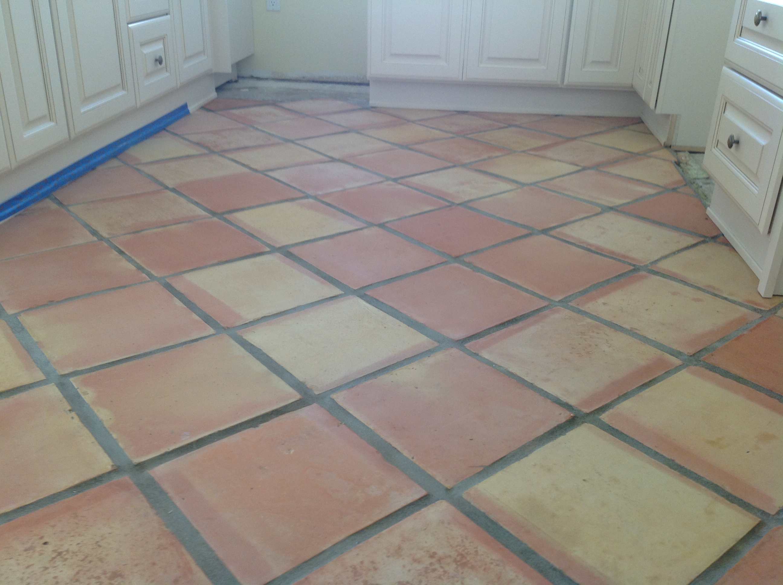 terra cotta tile in kitchen terra cotta saltillo paver refinishing stripping all 8441