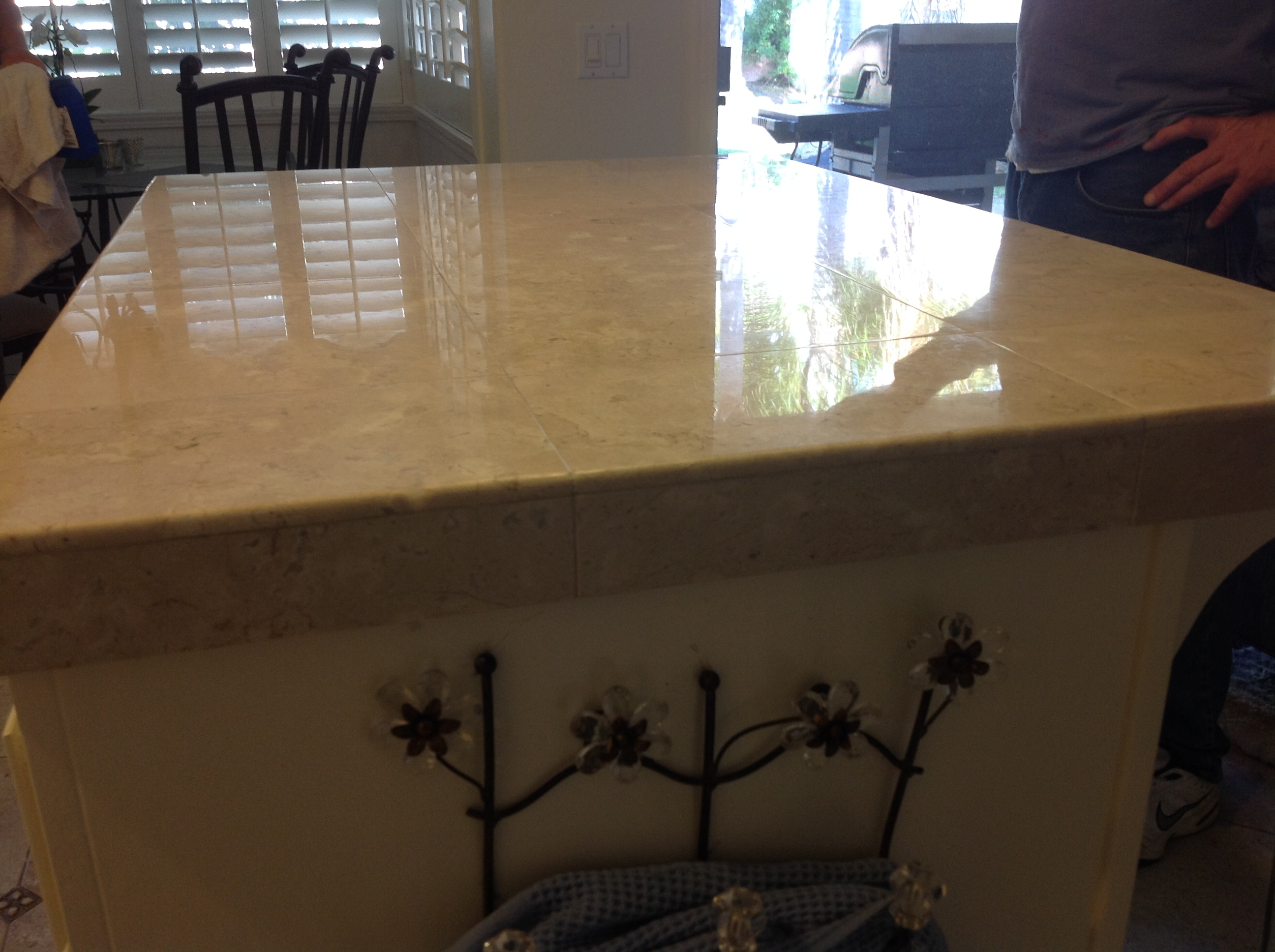 how to clean grout tile countertops